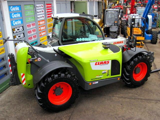 Claas CLAAS SCORPION 7030 TURBO - 7m / 3t - KLIMA vgl 7040