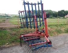OPICO 6M FOLDING GRASS HARROWS
