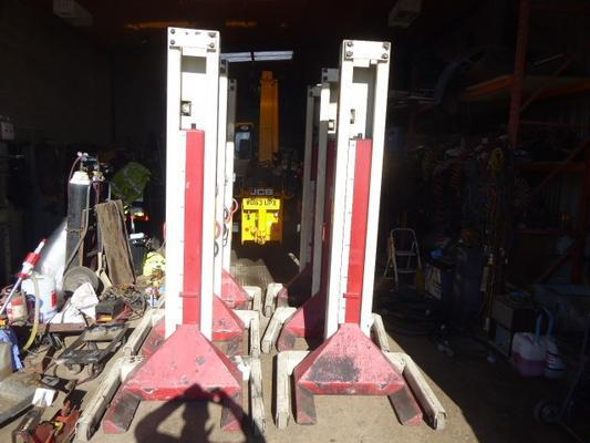STERTIL KONI VEHICLE LIFTS