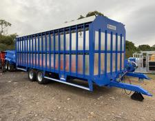 Sonstige Hogg 24ft Livestock Trailer With Sheep Decks